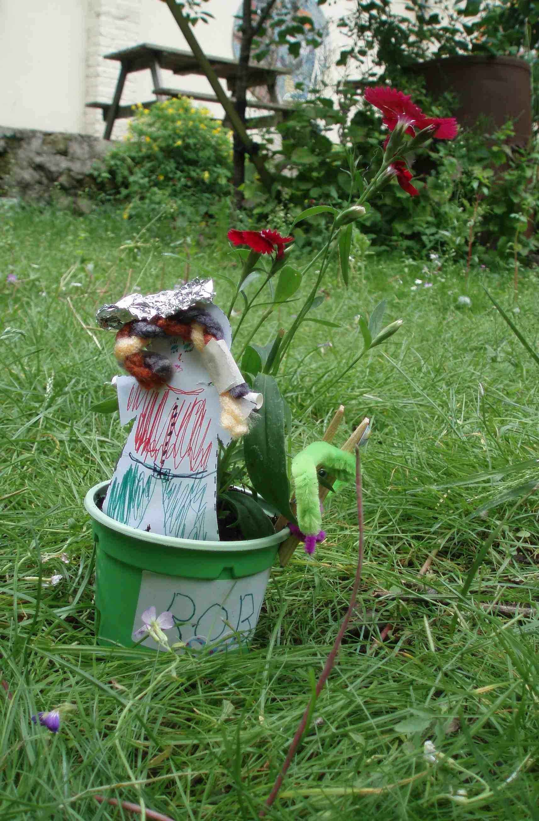 Scarecrow to take home, Open Garden Squares Weekend Preview at Cafe Crema, 2014